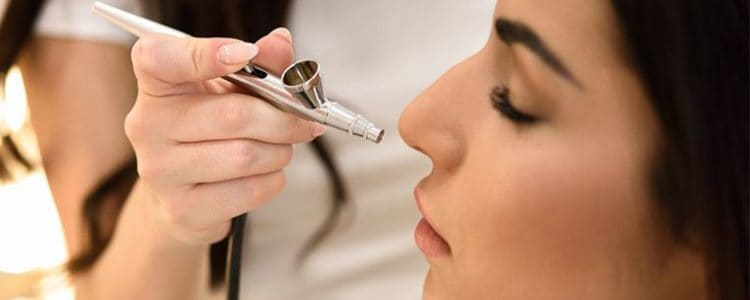 Airbrush Makeup Pros and Cons in wedding